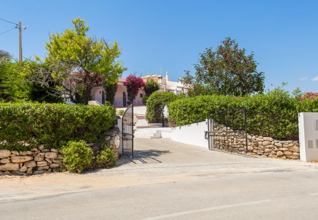 Apartments In Carvoeiro Apartment So Miguel Is A Tastefully Furnished 2 Bedroom Apartment